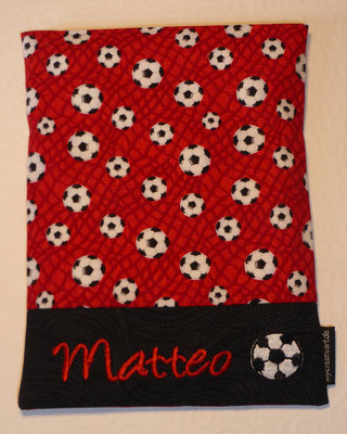 Stoff Fußball rot (vergriffen, aber andere Fußballstoffe vorrätig)