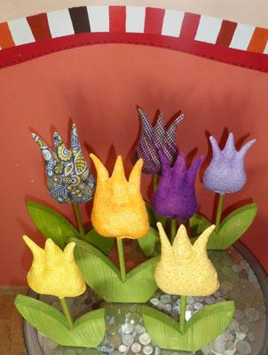 Natürlich kann ich die Tulpen in Ihren Lieblingsfarben oder Ihrem Wunschdesign nähen!