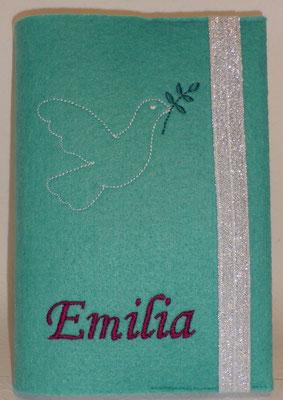 """Stickmotiv """"Taube"""" in weiß-smaragd auf Filz in türkis, Glitzergummi weiß (Stickdatei von Rock-Queen), Schriftart Monotype Corsiva"""