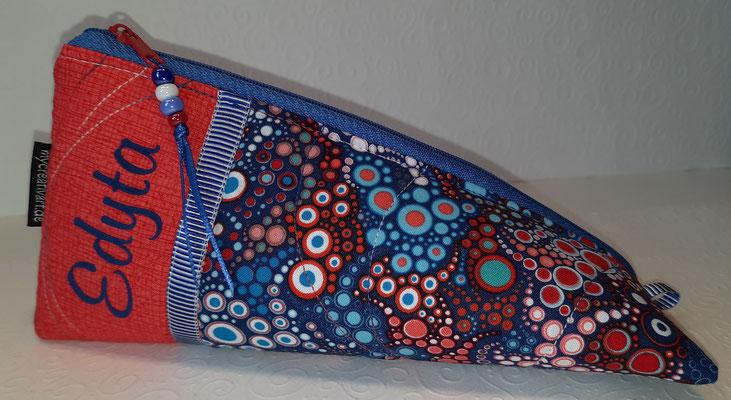 Rot-blaue Bläschen - diesen Stoff habe ich noch in vielen anderen Farbkombis!