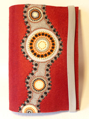Applizierter Stoff Kreise grau-rot-orange auf Filz in bordeaux (Filzfarbe fällt dunkler aus) für großformatiges Gotteslob