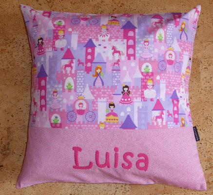 Kissen in Größe 40 x 40 cm mit Luisas Lieblingsstoff