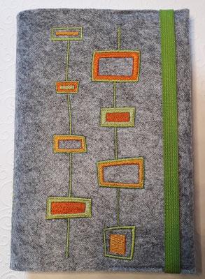 Stickmotiv Rechtecke in grün-orange auf Filz in hellgrau-meliert