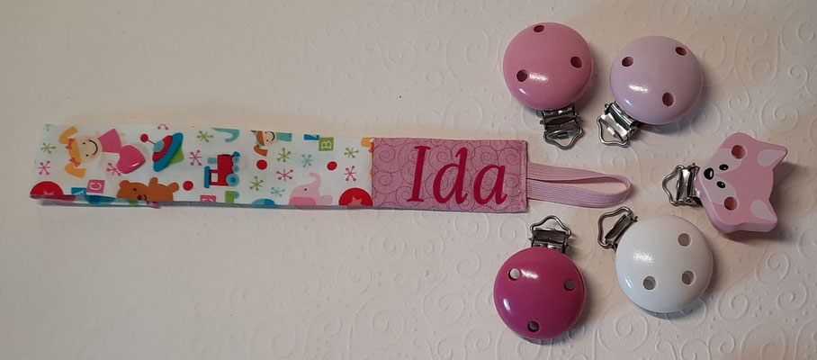 """""""Mädchenspielzeuge auf weiß"""" (auch mit Hintergrund in rosa vorrätig, siehe """"Geschenksets"""")"""