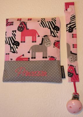 Zebras mit Schrift-Hintergrund in grau, Schrift rosa