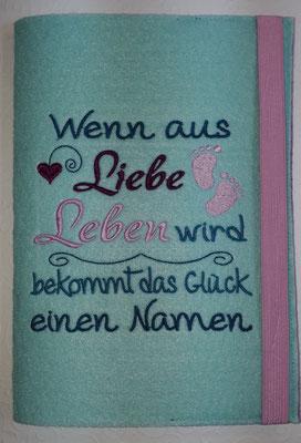 """Stickmotiv """"Wenn aus Liebe"""" in petrol-rosa-beere auf Filz in pastell-türkis (Stickdatei Rock-Queen)"""