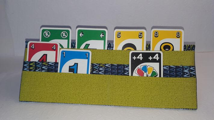 Kartenhalter für Kleinkinder oder Schlaganfallpatienten/ gehandicapte Personen, flach zusammenfaltbar (15€)