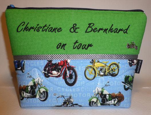 Tasche mit dem wichtigsten für das Motorrad-Wochenende...