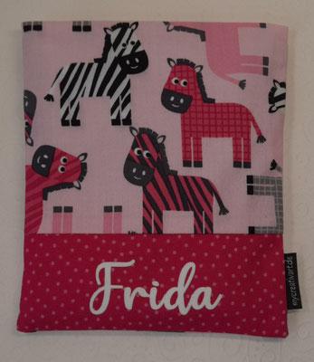 Zebras mit Schrift-Hintergrund in pink, geplottet
