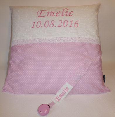 Flauschkissen, Schnullerkette in rosa-weißer Kombination