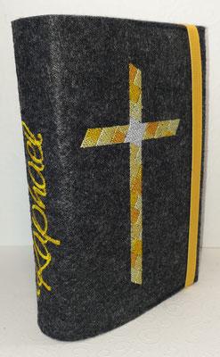 Stickmotiv Mosaik-Kreuz nur in Gelbtönen (für einen Fussballfan) auf Filz in dunkelgrau meliert, Gummi gelb
