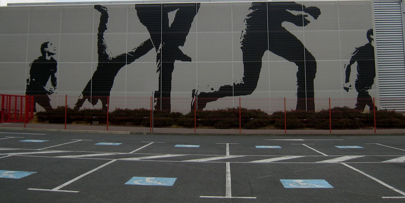 photo 5 : fresque sur le parking de l'Elispace