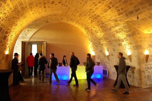 Château de Poudenas Entrée par les anciennes écuries