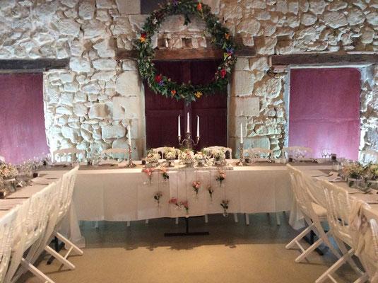 La table des mariés au Château de Boisverdun en Nouvelle Aquitaine
