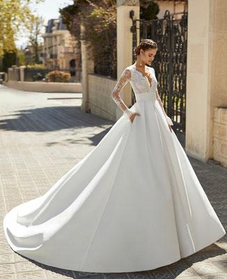 Prinzessinnen Brautkleid unserer hochwertigen Atelier Kollektion von Aire Barcelona.