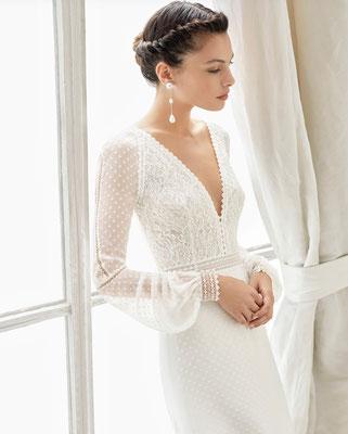 Zart fließendes Brautkleid. Du wirst es auf Deiner Haut lieben.