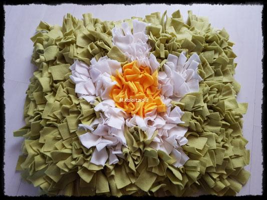 Motiv: Blume - Größe L - Gelb/Weiß auf Apfelgrün