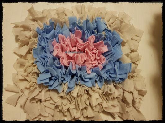 Motiv: Viereck - Größe M - Rosa-Hellblau-Beige