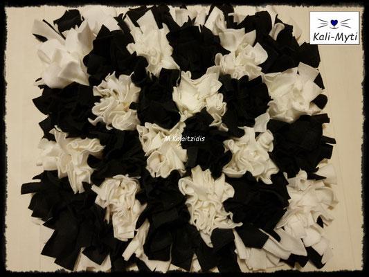 Motiv: Schachbrett - Größe M - Schwarz-Weiß