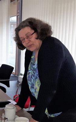 Neue und alte Kassenprüferin Karin Mühlenberg