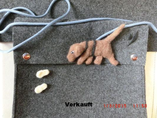 Tasche - Applikation - Suchhund mit Fupabdrücken
