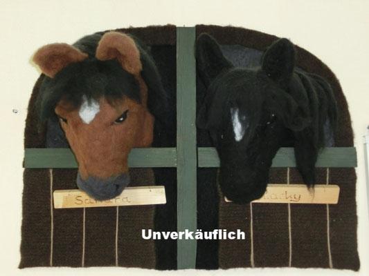 Bild: Sandrea und Blacky (meine Pferde)