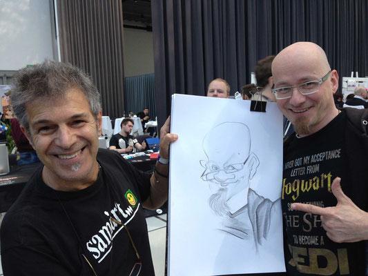 Tag 2: Karikaturist Sami Al-Deek zeichnet Dino - Foto: Claudia Greiter