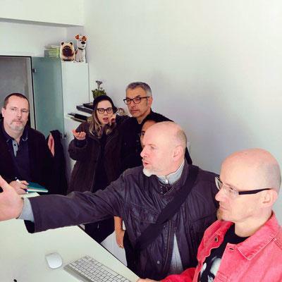 V.l.n.r.: Herbert Schenner (CCA), Lisa »Miss Felidae« Arnberger, Milan A. Ilic, Marc Mühlberger, Roland »REZ« Reznicek, Helmut »Dino« Breneis; Foto: Carina Lindmeier