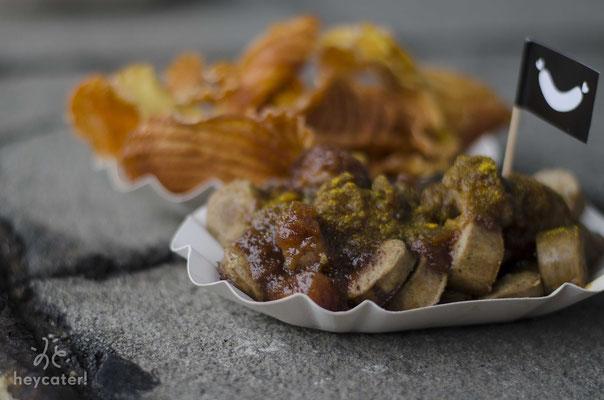 Bio-Currywurst & Kartoffel-Chips
