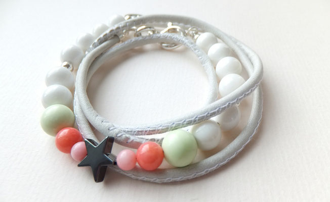 'POPPY STAR' White Pearl Armband