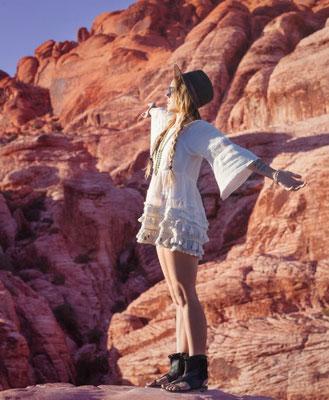 Modell: Manou Oeschger Los Angeles