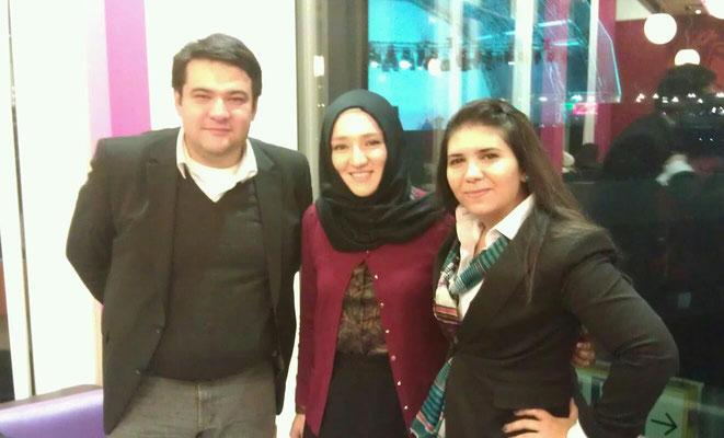 Gemeinsam mit Kübra Gümüsay (Bloggerin) und Sezen Tatlıcı (Gründerin und Vorsitzende von Typisch Deutsch e.V.)