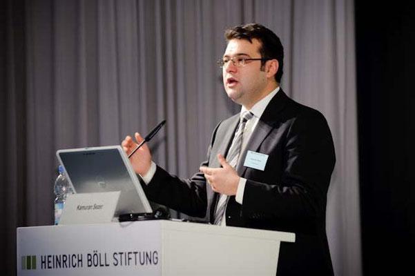 Vortrag zur Abwanderung hochqualifizierter Deutsch-Türkinnen und -Türken in die Türkei auf Einladung der Heinrich Böll-Stiftung, Berlin