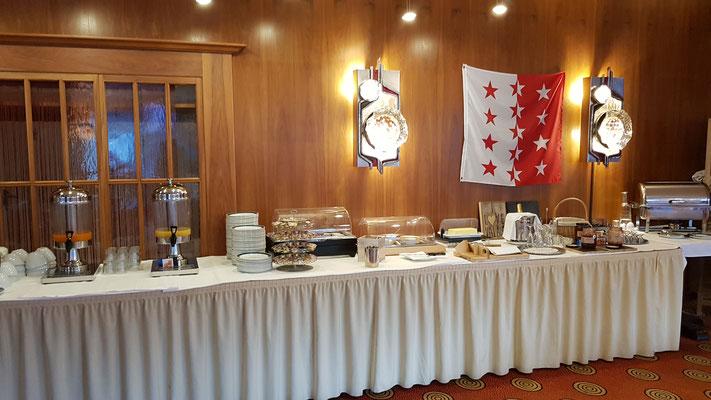 Grosszügiges und super feines Frühstücksbuffet