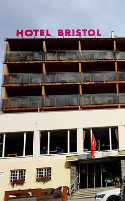 """Unser Hotel """"Le Bristol"""""""