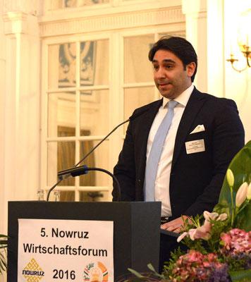 Rechtsanwalt Bahram Ardehali vom Bund iranischer Unternehmer e.V. betonte in seinem Vortrag die starke Orientierung des iranischen Wirtschaftsrechts am französischen Modell.