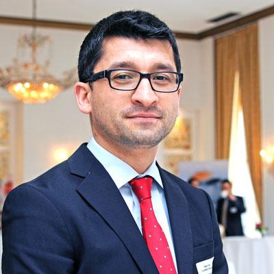 """""""Die tadschikische Rechts- und Justizreform, die sich am deutschen Recht als Vorbildrechtsordnung orientiert, bietet ausländischen Investoren die notwendige Sicherheit"""", betonte der  tadschikische Rechtsexperte Dr. Maunchehr Kudratov ."""