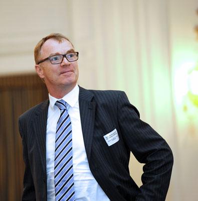 Dr. Johann Killinger, Honorarkonsul von Kasachstan, warb für den Besuch der EXPO 2017 in Astana