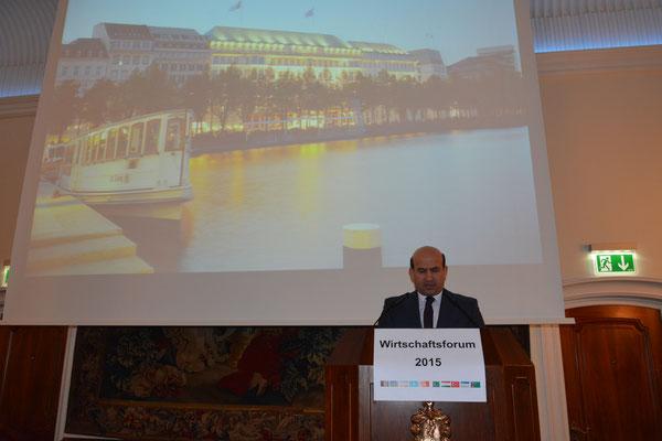Tadschikistans Botschafter Maliksho Nematov dankte in seinem Grußwort Honorarkonsul Kourosh Pourkian für seine Initiative, mit dem Nowruz-Wirtschaftsforum kleinen Ländern eine Plattform zu bieten, ihre Stärken hochkarätigen Multiplikatoren zu präsentieren