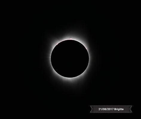 ECLIPSE DE SOLEIL DU 21 AOUT 2017 AU USA  ( photo Brigitte )