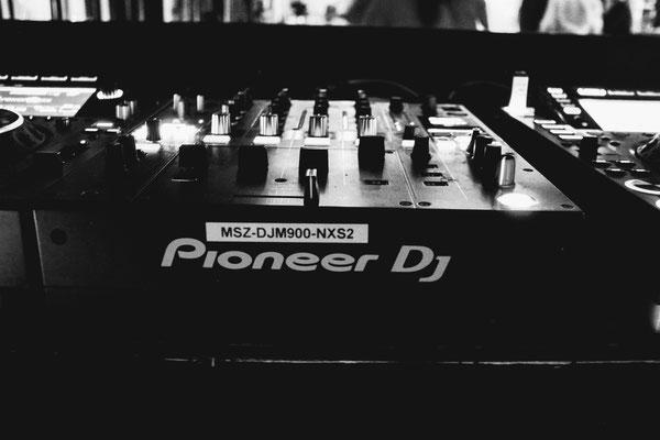 that´s pioneer djm 900 nxs