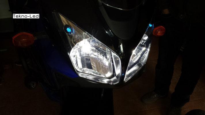 Suzuki V-Strom monta due Kit LED mod. TKLM3-H4/H6/H7