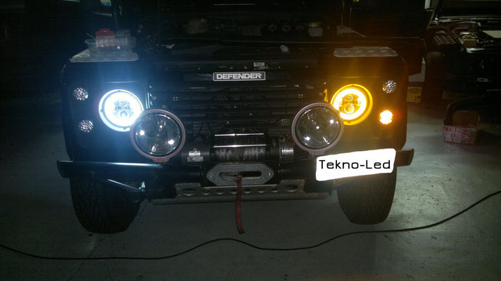DEFENDER 90 monta Coppia Fari FULL LED Mod. TKLFAR-40-ORANGE - freccia inserita