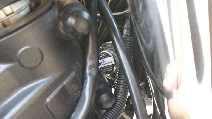 Suzuki GSR monta un Kit LED mod. TKLM3-H4/H6/H7