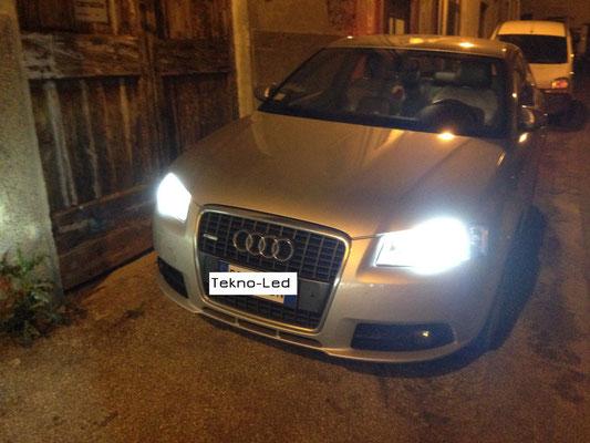 Audi A3 monta un kit LED Auto mod. TKL9-H7-Canbus - UPDATE + Canceller H7