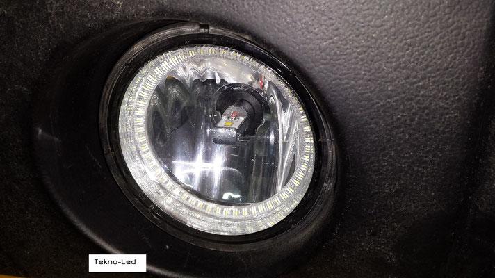 HUMMER monta un kit LED Auto mod. TKL9-H7-Canbus UPDATE (fendinebbia modificato con Angel Eyes) - dettaglio Angel Eyes Spento