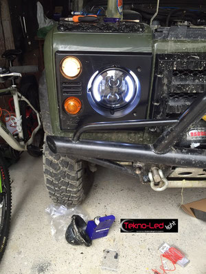 DEFENDER monta Coppia Fari FULL LED Mod. TKLFAR-60-WHITE