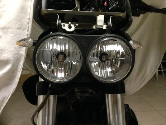 BUELL XB monta due Kit LED Moto mod. TKL9-H7-Upgrade -  CANBUS
