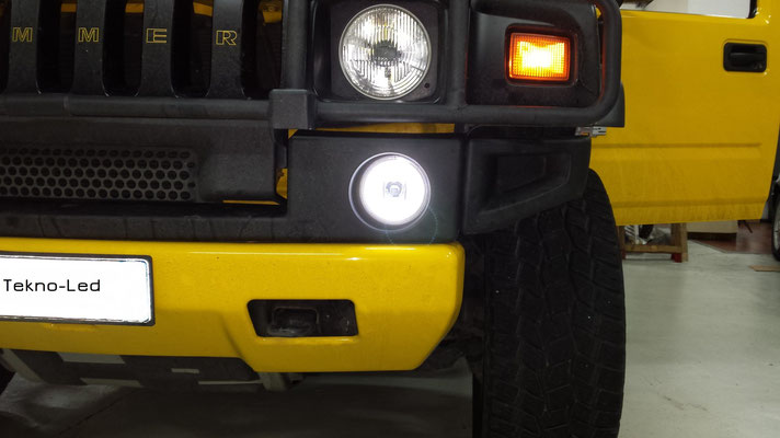 HUMMER monta un kit LED Auto mod. TKL9-H7-Canbus UPDATE (fendinebbia modificato con Angel Eyes) - dettaglio Angel Eyes Acceso