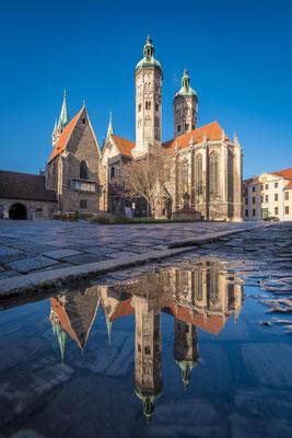 Naumburger Dom im Spiegel